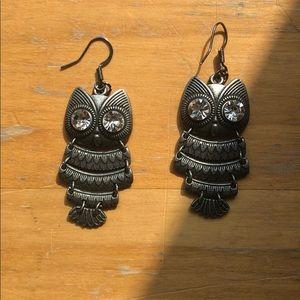 Accessories - 2/$20 Fancy owl earrings